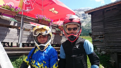 Stage VTT Kids Enduro Bike Camp